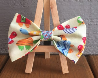 yellow bow tie with turtles, dog bow tie, turtle dog bow tie