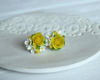 flower earrings, yellow earrings, roses earrings, gift for her, bridesmaids earrings, yellow bridal jewellery, roses jewellery, yellow