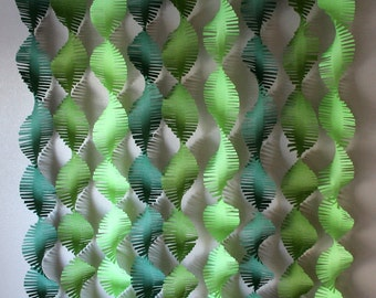Frilly Crepe Backdrop Streamers (jungle theme)