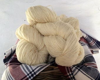 Organic LLanwenog Yarn Double Knit 100g