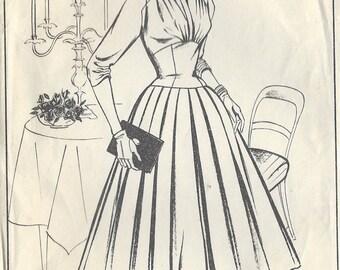 "1950s Vintage Sewing Pattern DRESS B34"" (R424) Woman W329"