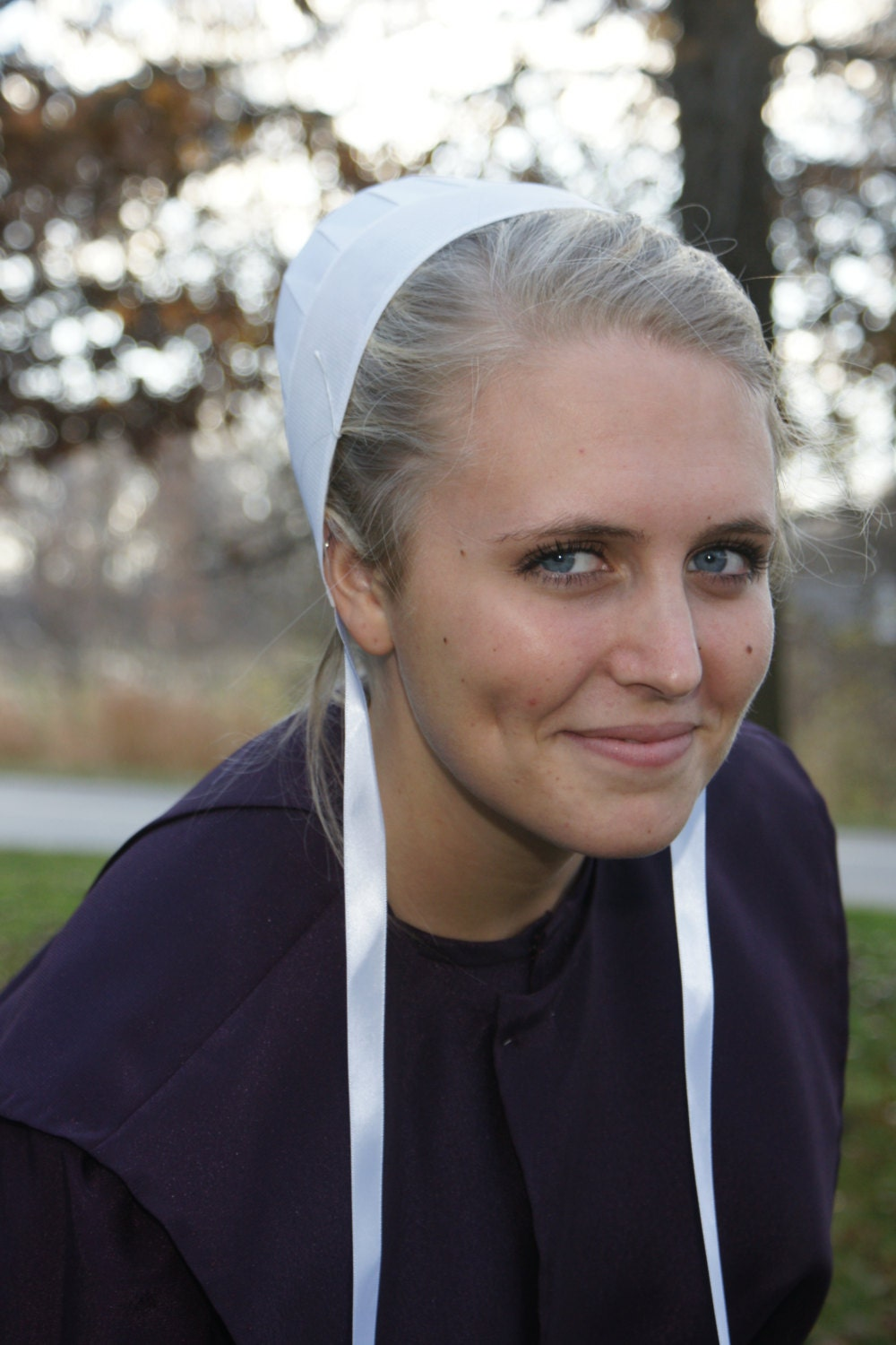 Amish Woman's Covering Cap Kapp Bonnet with strings