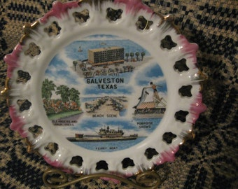 souvenir  plate    galveston texas  free shipping in u s a