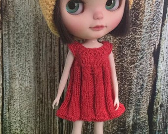 knitted dress for blythe doll