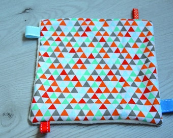 DOUDOU square with TRIANGLES