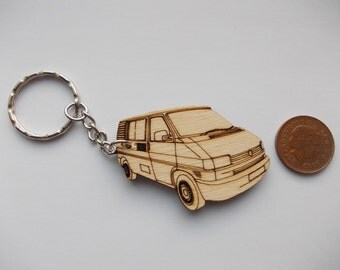 T4 Tintop with windows Keyring Etched detail wooden