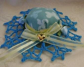 Blue Garden Hat Barrette Crocheted Brim