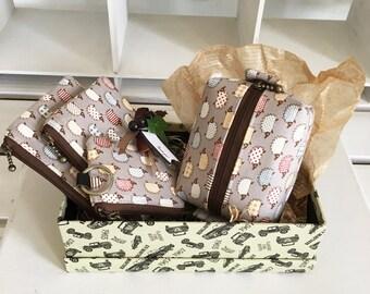 Gift box - grey hedgehog set