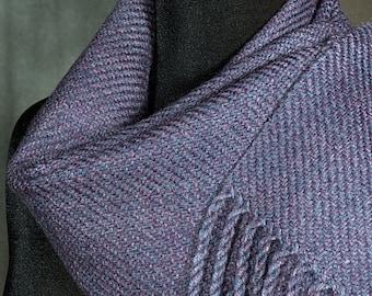 Purple scarf / Handwoven merino wool winter scarf