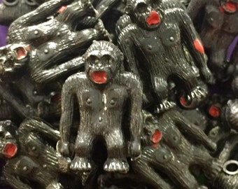 2pcs KING KONG CHARMS 1960s Vintage Hilarious