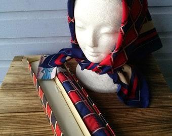 Vintage 1970s Umbrella Rain Bonnet Gift Set NWT Red White Blue 2016207