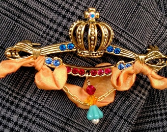 Crown Jewels Brooch Series: Royal Gold