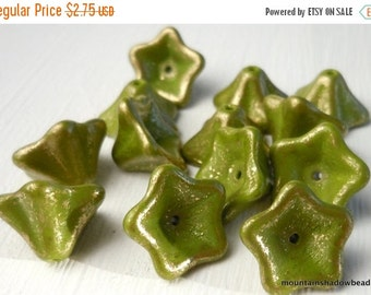 25% OFF Summer Sale Czech Glass Beads Trumpet Flower Olive Marbled Gold  8x13mm 12 Pack