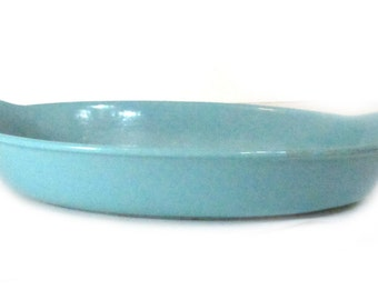 Prizerware Turquoise Cast Iron Casserole Dish Vintage Old Cookware Serving Ware