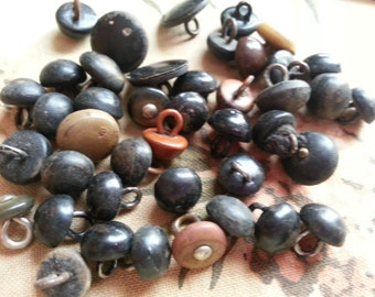 40 Shabby Antique Shoe Buttons. As Found.