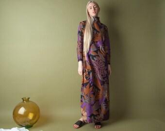 70s floral print maxi dress / vintage 70s dress / turtleneck dress / s / m / 1917d / B17