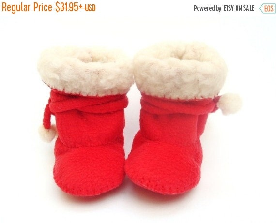 20 % off Fall Sale Red Fleece Baby Boots Ugg Baby Boots Red Love Baby Booties. Baby Shower Gift. Christmas Baby Clothes. Fleece Baby Booties