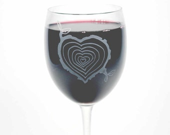 Tree Stump Heart Wine Glass - romantic outdoors wedding