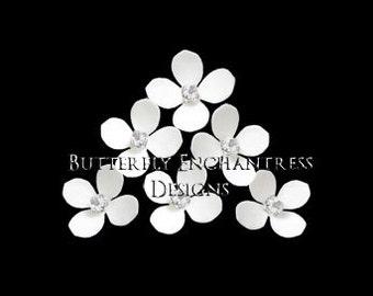White Ivory Bridal Hair Flowers, Wedding Hair Accessories, Bridesmaid Gift - 6 Fiji Hydrangea Hair Pins - Rhinestone Center