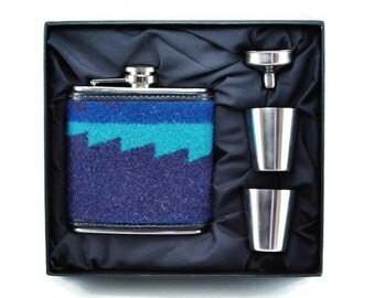 FLASK Gift Set - Made with genuine Pendleton© Fabric - Stainless Steel Flask - Hudson Bay Style - Hudson Bay Blanket Inspired -