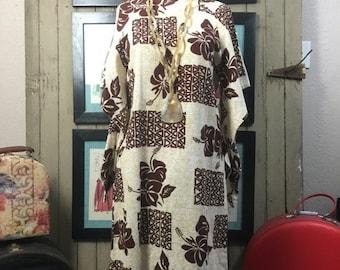 Sale 1960s dress hawaiian dress size medium vintage dress kimono dress 60s dress barkcloth dress vintage kaftan
