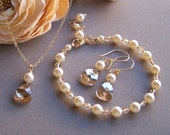 Bridal Jewelry Set, Necklace Earrings Bracelet Set, Swarovski Pearls Crystals, Wedding Jewelry, Bridesmaids Gifts