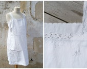 Vintage 1910 /1920 Edwardian white cotton adorned with  handmade embroiderys underdress  size S