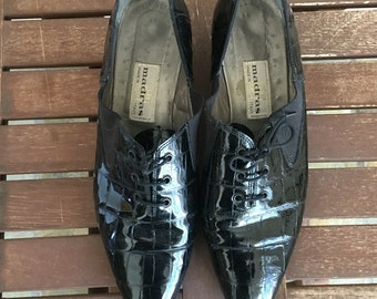 Vintage 60s pointy patent leather loafers 10