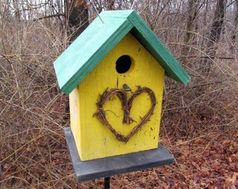 Birdhouse Grapevine Heart Primitive Yellow Fully Functional