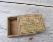 SUMMER SALES Vintage Antique 1900 Needles for sewing machine wood box Made in England