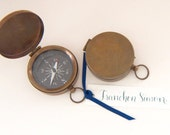 Antiqued Brass Compass Place Cards without calligraphy