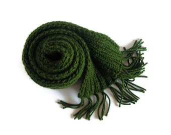 Chunky Knit Scarf in Green Wool - Long with Fringes - Man - Woman