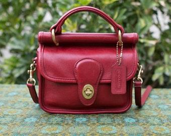 RARE Vintage Coach Red Mini Willis Winnie Leather Purse Crossbody 9023 USA Made 0620161