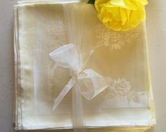 Set if Six Pale Yellow Damask Napkins Dinner Luncheon Rayon Cotton Vintage Linens Excellent