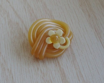 Vintage Extruded Celluloid Button with Flower