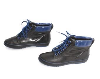 size 8 COLORBLOCK blue black RUBBER 80s 90s WEATHERPROOF ankle rain boots
