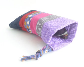 lavender pink glasses bag. padded sunglasses pouch. grey red patchwork fabric accessory. gift ideas for girls