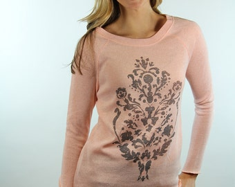 screenprint shirt. graphic tees for women. womens sweaters. womens sweatshirts. ellembee tees. ellenbee. damask print. peach sweater