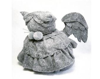 Weeping angel cat, Angel cat pincushion, Weeping angel figure, Gray felt angel, Stuffed cat, Felt kitty cat, Cat lover gift, Gift for sewer