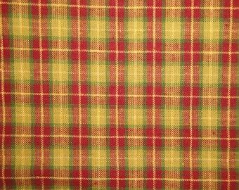 Cotton Homespun Fabric Wine And Green Medium Plaid 1 Yard