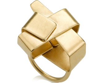 Lynn Ring, Gold Statement Ring, Contemporary Ring, Geometric Gold Ring, Minimalist Gold Ring, Gold Cocktail Ring, Bold Ring