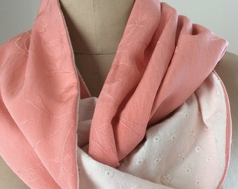 Pretty Peaches and Cream Vintage Japanese Infinity Scarf - reversible