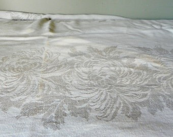 Vintage large woven damask tablecloth and eight 8 napkins 96 inches by 64 inches