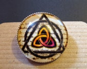 Beautiful Triquetra Brooch
