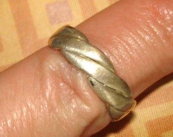 vintage braided silver toe or finger ring