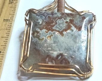 Agate, GF wire wrapped pendant