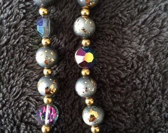 Black aurora birealis and black confetti necklace and bracelet