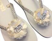 Bridal Flip Flops - Ivory Wedding Flip Flops - I Do Flip Flops - White Beach Sandals - Bride Flip Flops -Beach Wedding - 25 Flower Colors