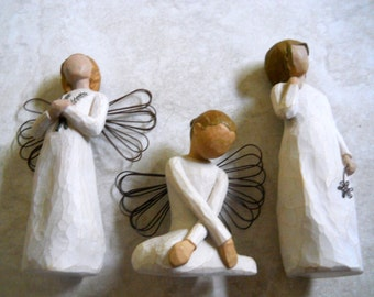 set of 3 Christmas Angel figurines, Collectibles, Sister Winged Angels, Triplet Girls in White Gowns
