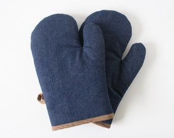 Denim oven gloves